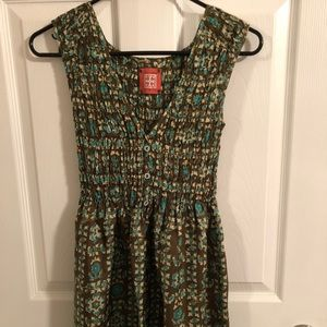 Sleeveless, silk Free People tunic.